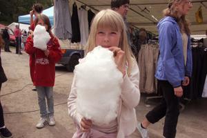 Malin Jonsson tycker om sockervadd.