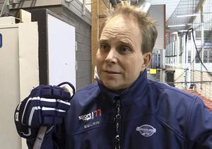 Mikael Sundell lämnar Örnsköldsvik Hockey efter tre säsonger.   Foto: MIKAEL NORDSTRAND/Arkiv