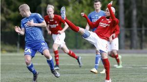 Adrian Stepien gjorde två mål i dag mot Ekerö.