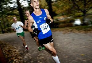 Erik Anfält, länets snabbaste maratonlöpare de senaste 35 åren, springer också Rotterdam marathon på söndag. Arkivfoto: Pavel Koubek