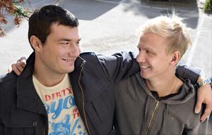 Bästa kompisar med rätt att glänsa i trean. Alen Bahonjic (till vänster) vann stjärnligan i Rengsjö och Oliver Widahl spurtade hem titeln i Edsbyn.