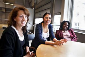 Elena Al Damanhouri och Seda Celik är två av kvinnorna som är med  i projektet. Båda tycker att de har lärt sig mer om företagande och fått bättre självförtroende av att delta.