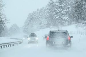 Ett nytt snöfall väntas dra in över Västernorrland under måndagen.