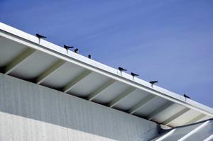 Svalband på taket.