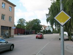 För cyklister i centrum kan Vasagatan norrut bli en lockande genväg i stället för gång- och cykelvägen som går via Linnégatan och tunneln under Cityringen.