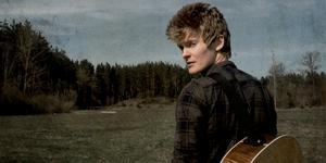 Fredric Mourath, som bor i Ösmo släppte sin första EP den 10 juli.