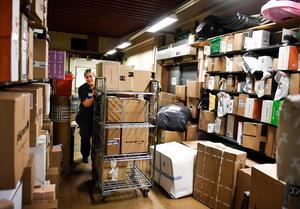 Näthandeln växer kraftigt, paketen blir fler.Foto: Pontus Lundahl/TT