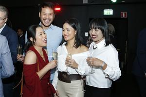 """Janchai Pratho, Matta Angvonta, Tanarat Posri, Suneerat Jantharang från Thai Roslagen var nervösa inför utdelningen av priset """"Årets!"""" som restaurangen var nominerad till."""