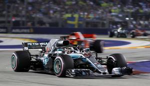 Lewis Hamilton tog karriärens 69:e seger och drygade ut sin VM-ledning till 40 poäng. Foto: Vincent Thian/TT