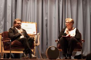 Martin Johanssons intervjuades av LT:s kulturredaktör Malin Palmqvist kring sin arbete som regissör och kulturarbetare och hur allt en gång började. Platsen för prisutdelningen var Kluksgården i Kluk och det var också där som Martin Johansson som barn började intressera sig för kultur.