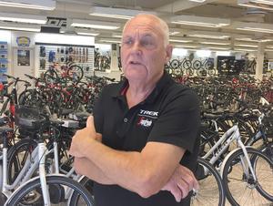 """Nattens cykelkupp förvånade Bernt Claeson. """"Vi har utsatts för inbrott en gång tidigare, fast då fick tjuvarna inte med sig något.""""."""