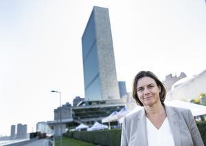 Miljöpartiet och Isabella Lövin gör sig bättre i storstäder än på landsbygden där partiets politik försvårar för de boende.  Bild: Pontus Lundahl