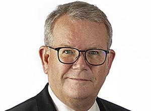 Anders Teljebäck (S) vill ha mer underlag innan han tar ställning. Foto: Per Groth
