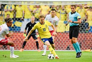 Emil Forsberg gillar rollen som forward, berättar han under intervjun med Sporten. Bild: Björn Larsson Rosvall/TT