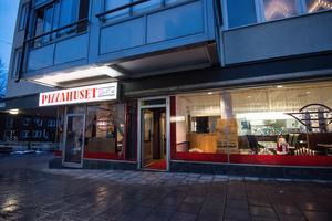 Mehmets pizzeria öppnade 1 november på Kungsgatan i Avesta. Nära tre månader efter den ödesdigra branden.