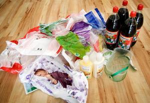 Dagligvaruhandelns mål är att alla plastförpackningar år 2030 baseras på återvunnen eller förnybar råvara.