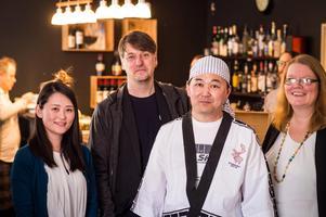 Morita Hanako (japanska ambassaden), Tobias Ingels (Film i Dalarna), Sato Toshinori (chef for a day) och Lena Ryen (Leksands kommun) var nöjda arrangörer av festivalen. FOTO: JONAS ERIKSSON