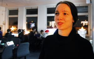 Josefine Larsson går i nian och visade runt i lokalerna.