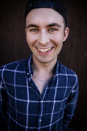 Daniel Tängerfors, 21, från Mora studerar sista året på grafisk design för digitala och tryckta medier.