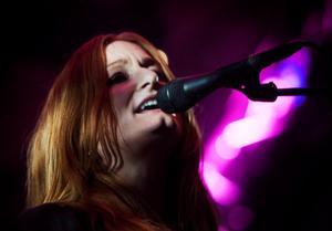 Anna Stadling från Sundsvall under konserten på hemmaplan 2009. Foto: Mårten Englin