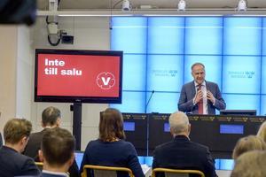 Kan inte köpas? Vänster-ledaren Jonas Sjöstedt presenterade i går partiets valplattform Inte till salu för riksdagsvalet.Foto Bertil Ericson / TT