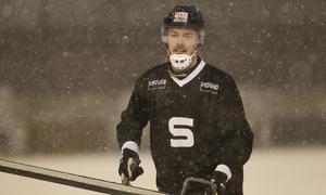 Dennis Heniksen under fredagens träning.