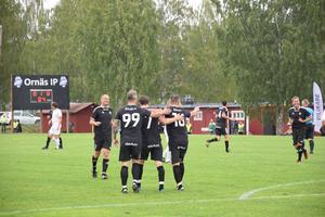 Brage veteranerna gjorde sitt första mål redan i fjärde minuten – genom Bernhard Brcic.