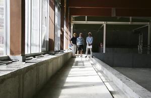 Sommaren 2007 var simhallen i stort sett bara ett skal. Bilden är från den 18 juli 2007.