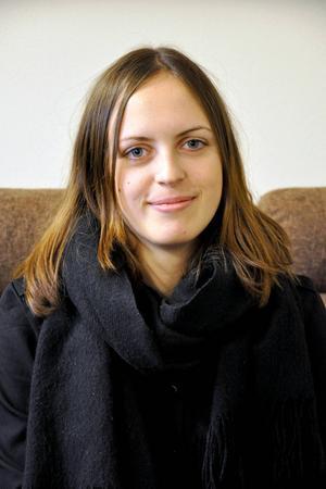 Therese Lööf, 20 år, har nyss gått ur gymnasiet men har inte lyckats hitta något jobb.