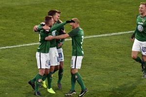 J-Södra har kopplat ett järngrepp i kampen om nytt kontrakt.