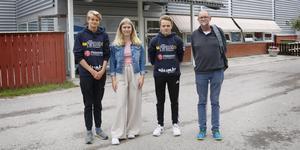 Max Antonsson, Carolina Modig och Olle Nilsson kan inte träna i simhallen i Sala.  Till höger Lasse Nilsson, ordförande i Sala SS.