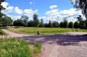Så här ser det ut idag i korsningen av Norra Uppfartsvägen och Bagerivägen.