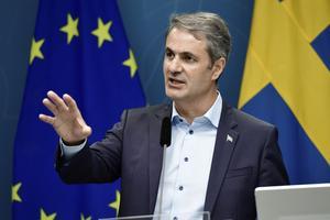Näringsminister Ibrahim Baylan (S) håller en extrainsatt pressträff med Svensk Handel idag. Foto: Stina Stjernkvist / TT