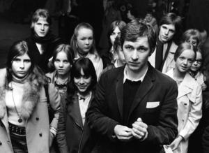 Den 26-årige Roy Andersson bland unga skådespelare under castingen till hans debutfilm