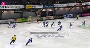 Här gör Määttä sitt konstmål för 2–2 i semifinal 4.