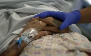 Vi vet att att tiden mellan patient och läkare är oerhört viktig för vårdens kvalitet, skriver insändarförfattaren.