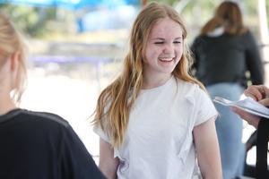 Saga Lindström från Ytterharnäs skola tyckte det var en kul åktur som gick lagom snabbt.
