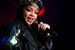 2012. Rihanna stora dragplåstret.