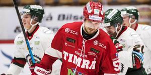 Johannes Salmonsson och Timrå IK deppade i onsdags kväll efter att Frölunda vänt och vunnit. Bild: Erik Mårtensson/TT