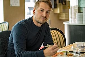 Janne Rintala möter Bandypuls på en lunchrestaurang i Västerås.