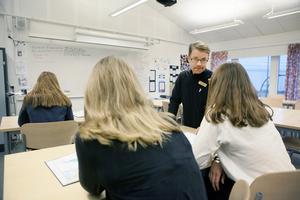 Kommunens förskolor och skolor ska präglas av en trygg och ordnad skolmiljö i vilken lärare kan undervisa och elever lära, skriver Robert Beronius. Foto Mats Andersson, TT.