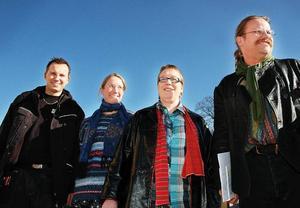 Entusiaster. Hans Goodholm, Hanna Forslund, Karon Löfstrand och Michael Bergman betonar vikten av att lyfta fram befintliga resurser och möjligheter i Hedemora stad. Foto:MikaelaLarm