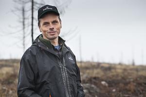 Dagarna i brandområdet har blivit många för Erik Nyberg, skogsvårdsledare på Sveaskog.