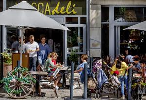 Uteserveringar har varit räddningen för många av Örebros krögare under coronakrisen.