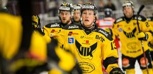 Kalle Östman firar 0-1-målet som kom redan efter en minut 24 sekunder.