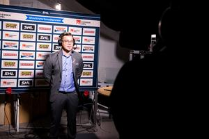Bjorn Hellqvist in un'intervista televisiva pre-partita contro Oskarshamn la scorsa settimana.  Foto: Daniel Erickson/Bildeberan