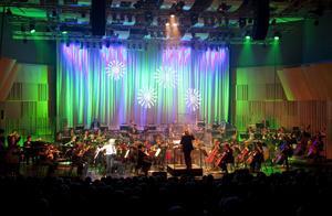 Det var lika fullt i salongen som på scenen när Petra Marklund uppträdde tillsammans med Gävles symfoniorkester.