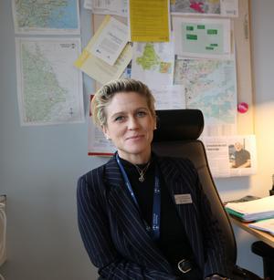 Jenny Nordström i arbete på barn- och utbildningskontoret.