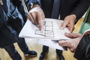 När du säljer din bostad kan du få uppskov på reavinstskatten men du måste betala ränta på den skattesumma du skjuter på. Foto:  Tomas Oneborg/TT