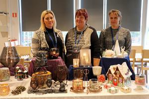 Anna Johansson, Liselotte Sunden-Eriksson och Anette Wilhelmsson är alla säljkonsulenter åt Partylite som är ett hemförsäljningsföretag.
